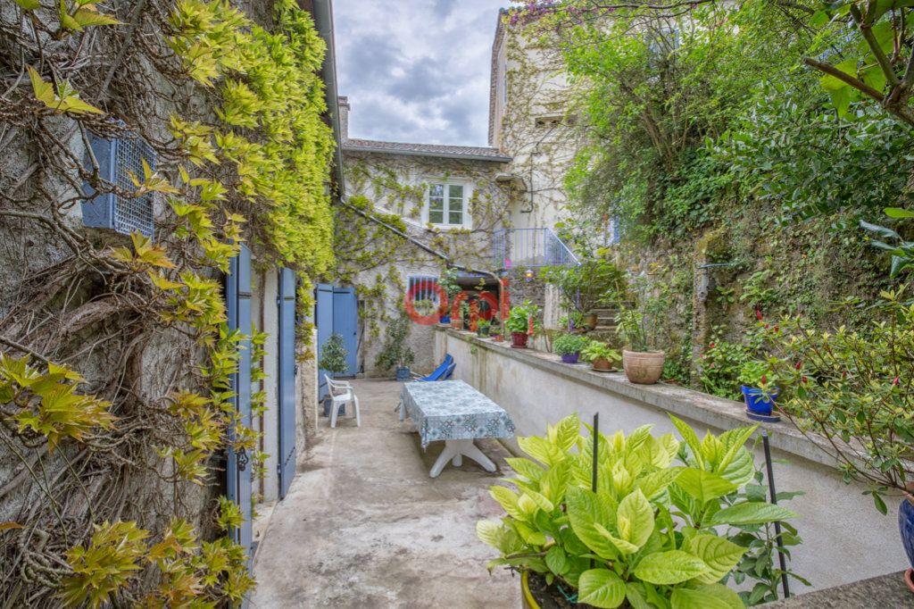 Maison à vendre 15 410m2 à Privas vignette-4