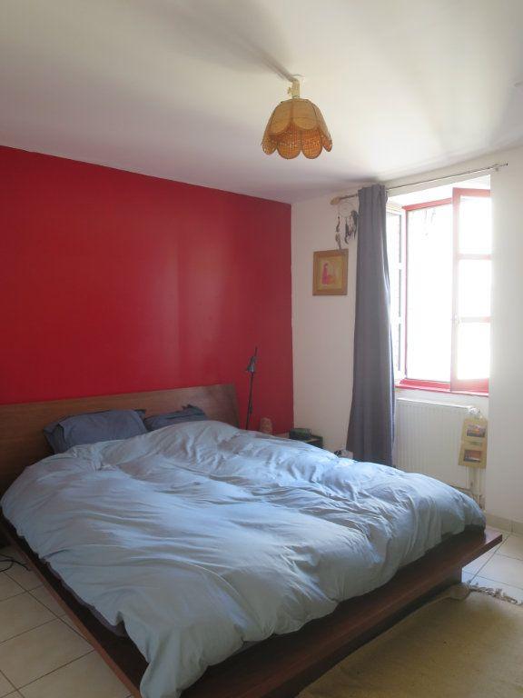 Appartement à louer 3 55.2m2 à Saint-Maurice-d'Ibie vignette-4