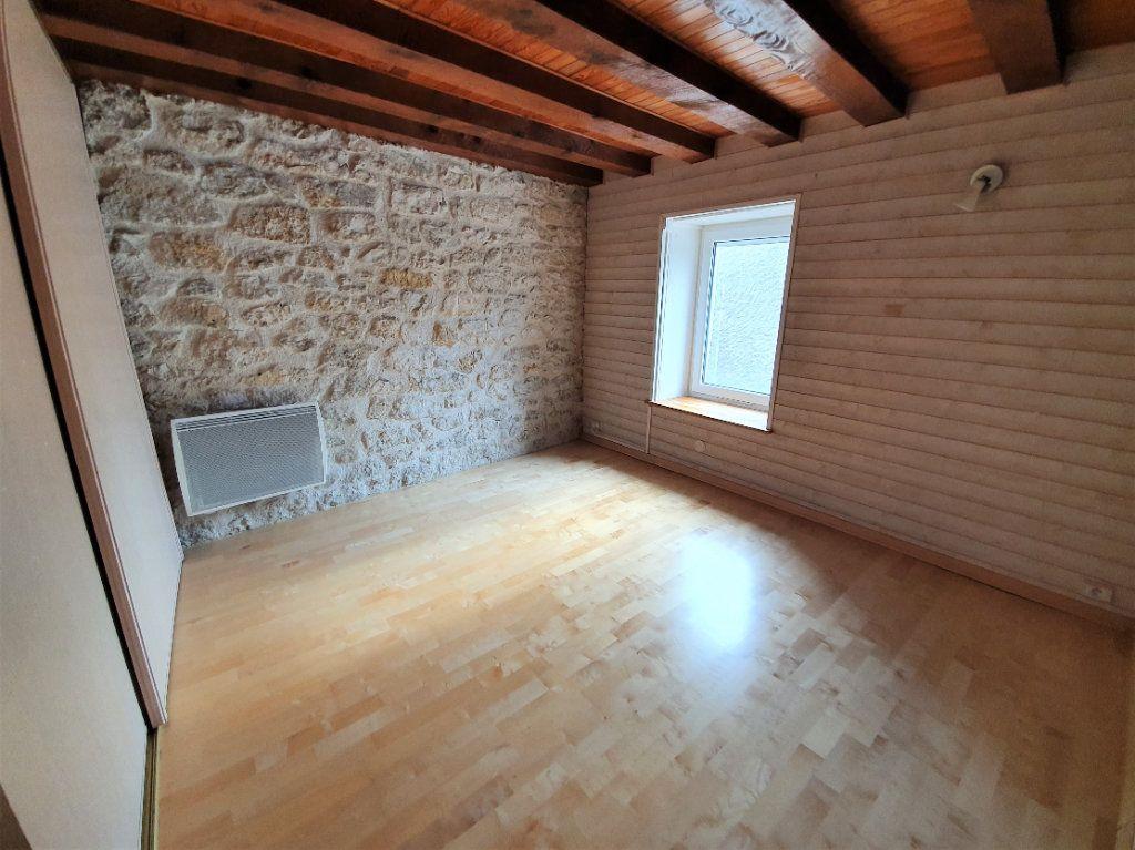 Appartement à vendre 4 101m2 à Saint-Jean-de-Gonville vignette-8