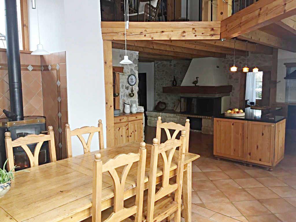 Maison à vendre 9 209m2 à Champfromier vignette-2