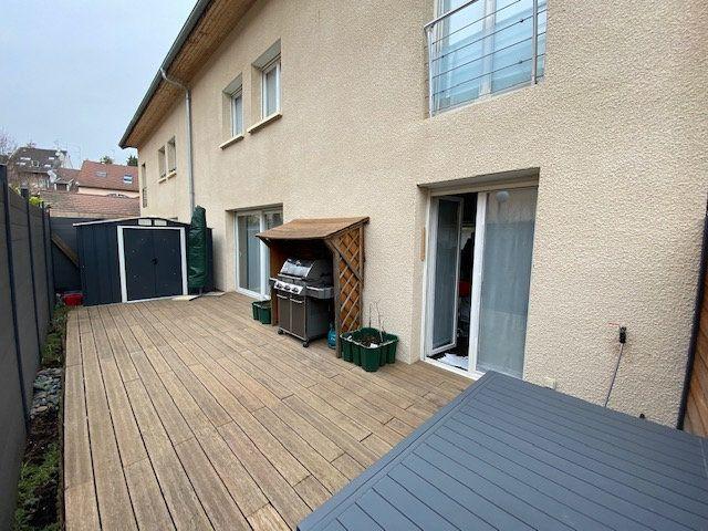 Maison à vendre 5 128.44m2 à Divonne-les-Bains vignette-1