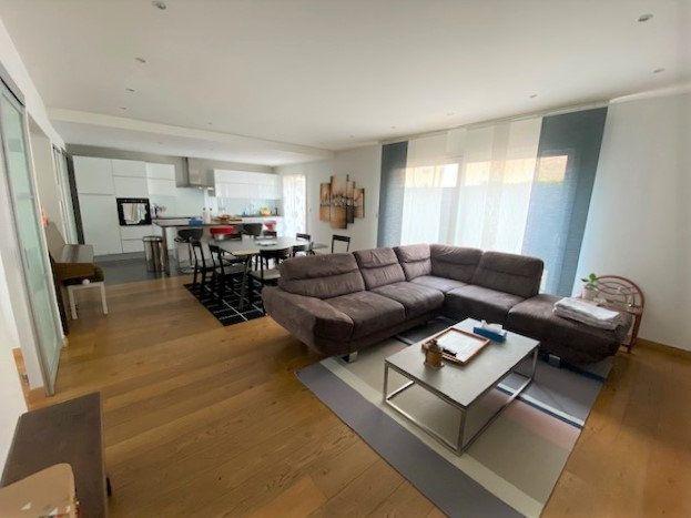 Maison à vendre 5 128.44m2 à Divonne-les-Bains vignette-2