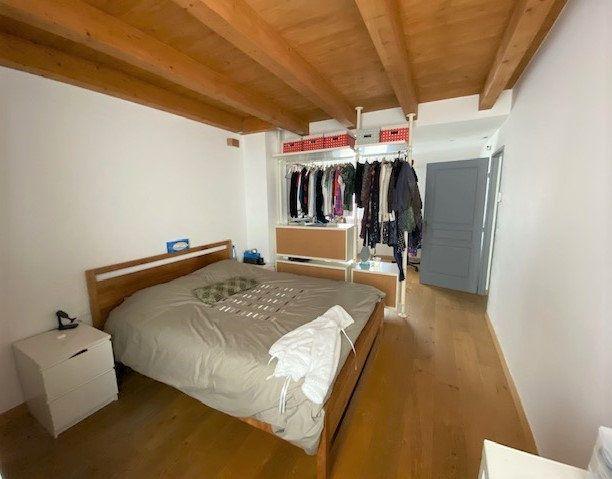 Maison à vendre 5 128.44m2 à Divonne-les-Bains vignette-5