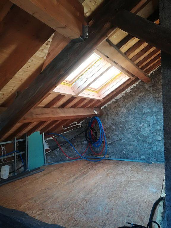 Maison à vendre 5 170m2 à Collonges vignette-3