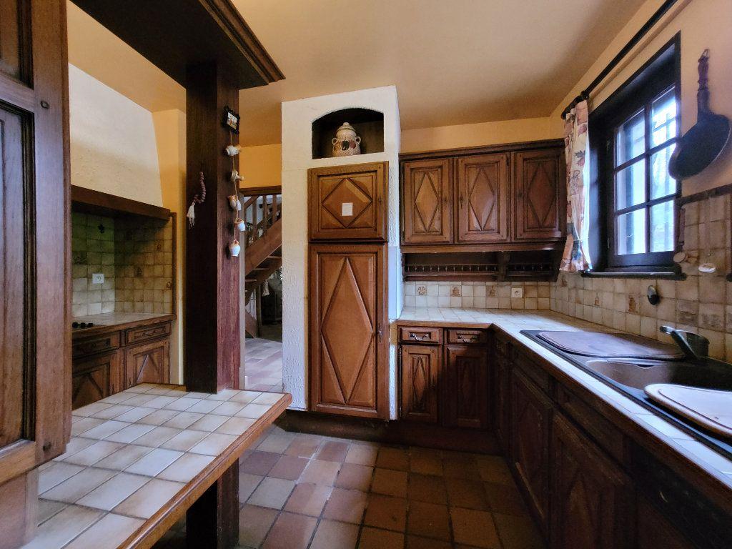 Maison à vendre 5 122m2 à Pougny vignette-3