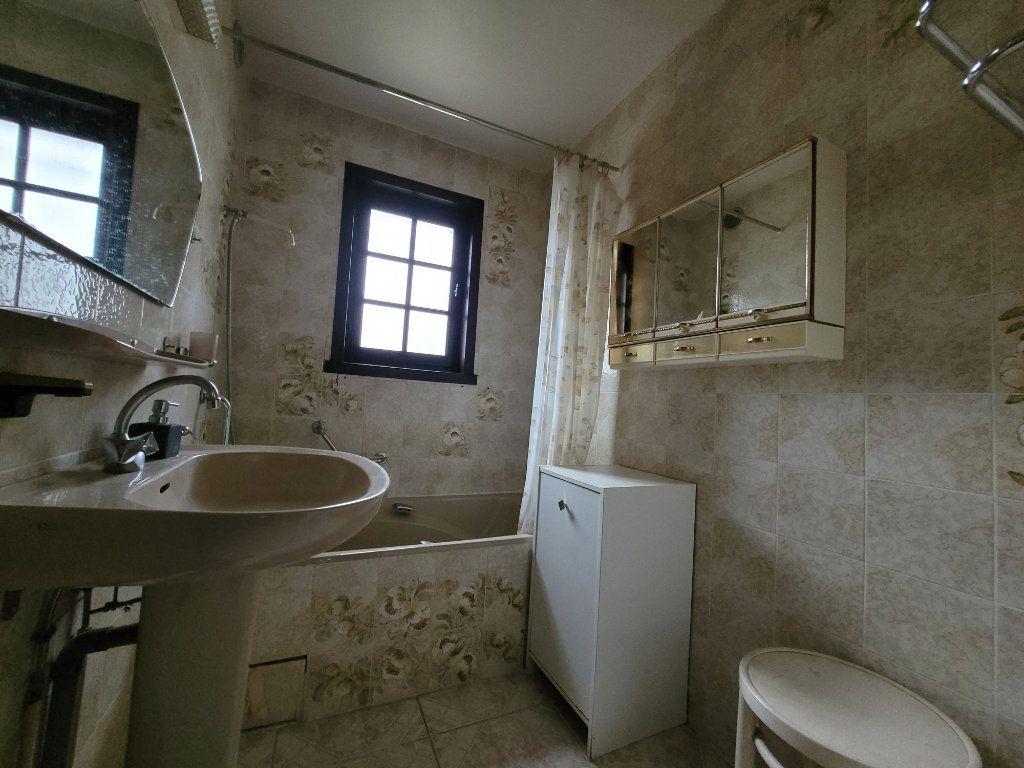Maison à vendre 5 122m2 à Pougny vignette-5