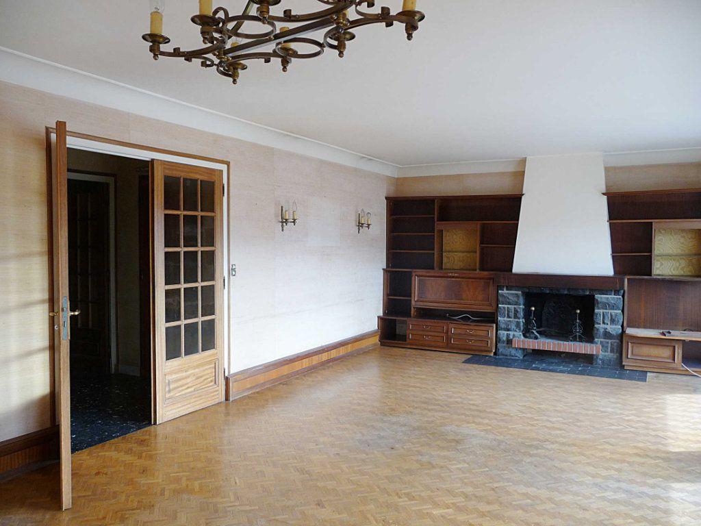 Appartement à vendre 5 124.5m2 à Bellegarde-sur-Valserine vignette-2