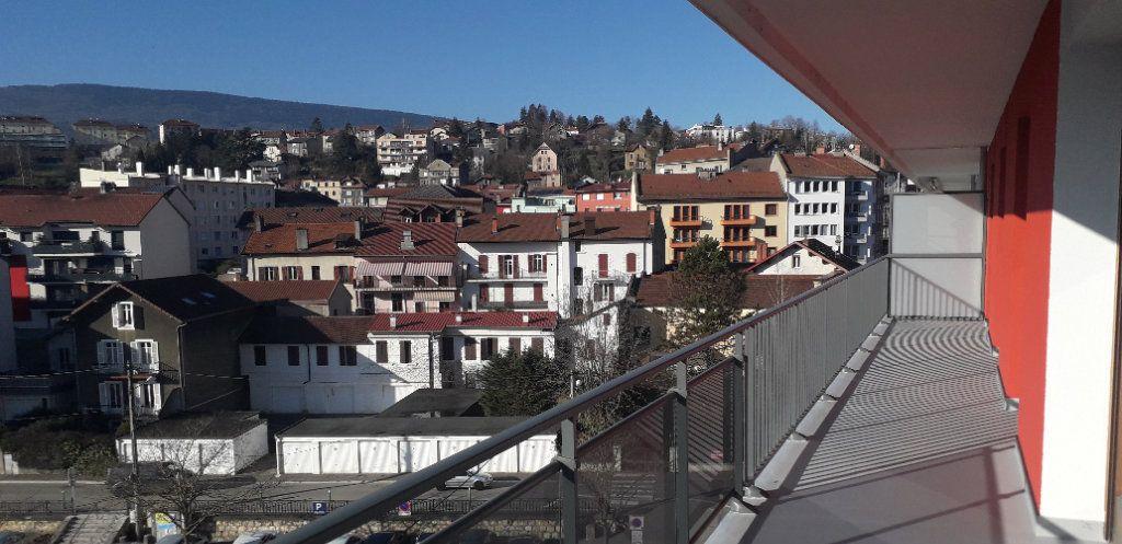 Appartement à vendre 5 124.5m2 à Bellegarde-sur-Valserine vignette-3