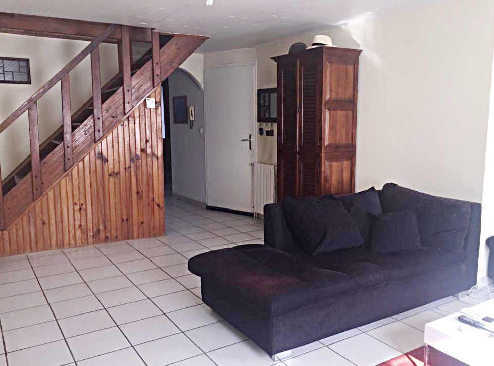Maison à vendre 6 110m2 à Châtillon-en-Michaille vignette-1