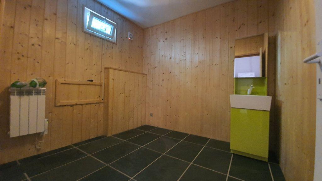 Maison à vendre 6 177m2 à Pougny vignette-11