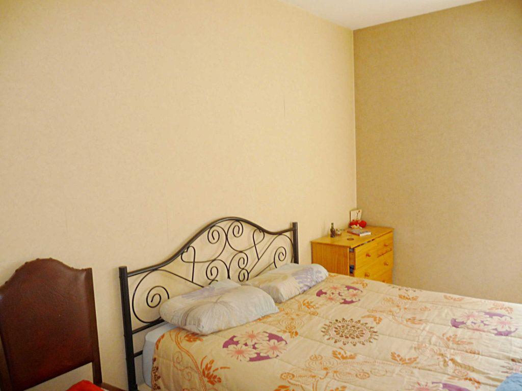 Appartement à vendre 3 73.67m2 à Bellegarde-sur-Valserine vignette-4