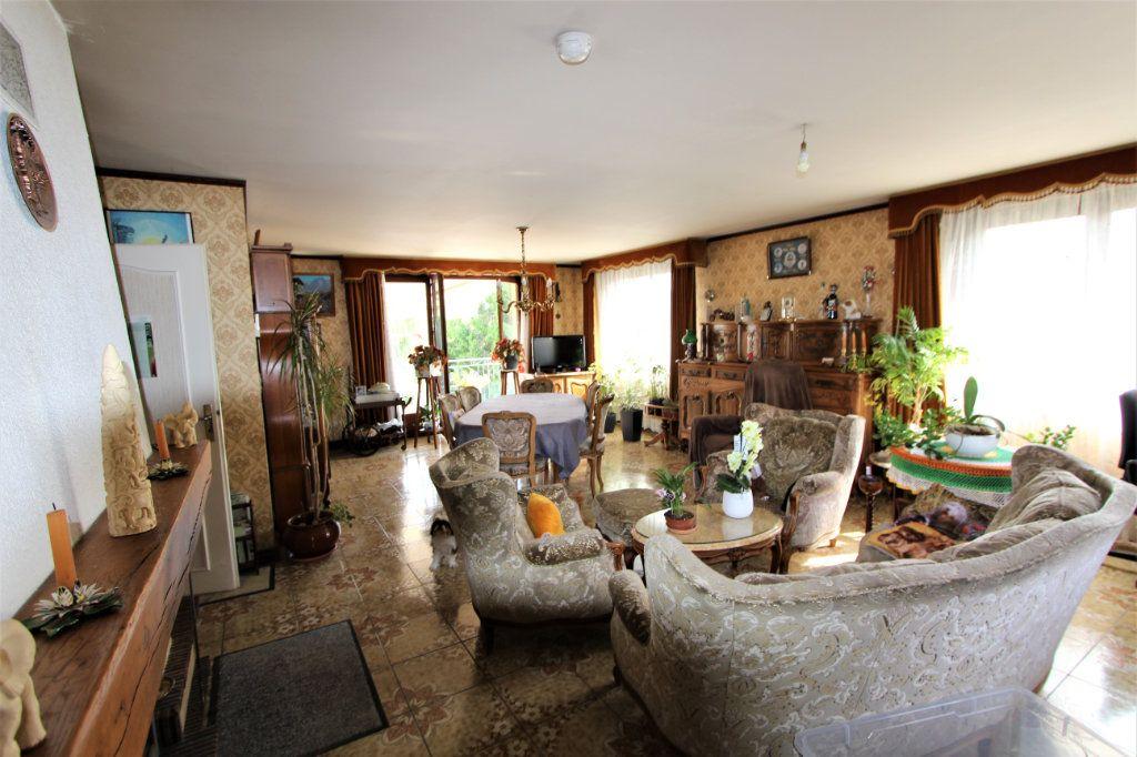 Maison à vendre 11 260m2 à Saint-Jean-de-Gonville vignette-2