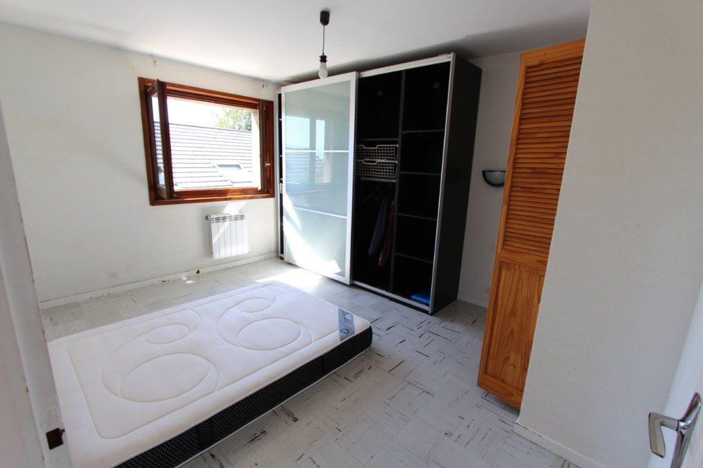 Maison à vendre 11 260m2 à Saint-Jean-de-Gonville vignette-4
