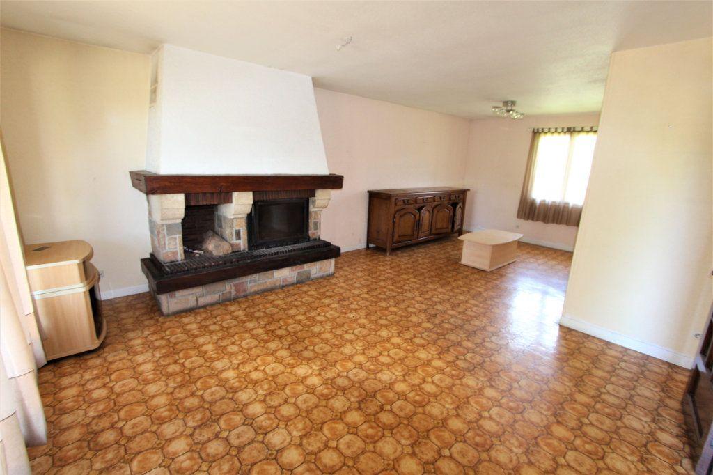 Maison à vendre 5 180m2 à Saint-Genis-Pouilly vignette-2