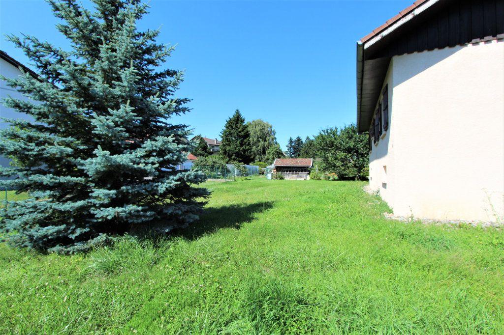 Maison à vendre 5 180m2 à Saint-Genis-Pouilly vignette-8