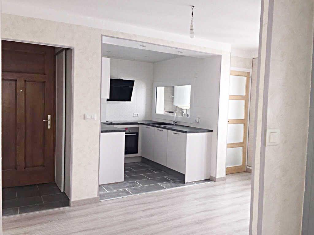 Appartement à vendre 3 62.82m2 à Bellegarde-sur-Valserine vignette-1