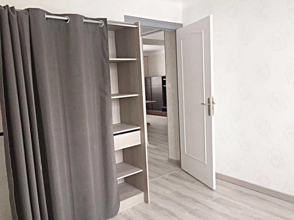 Appartement à vendre 3 62.82m2 à Bellegarde-sur-Valserine vignette-4
