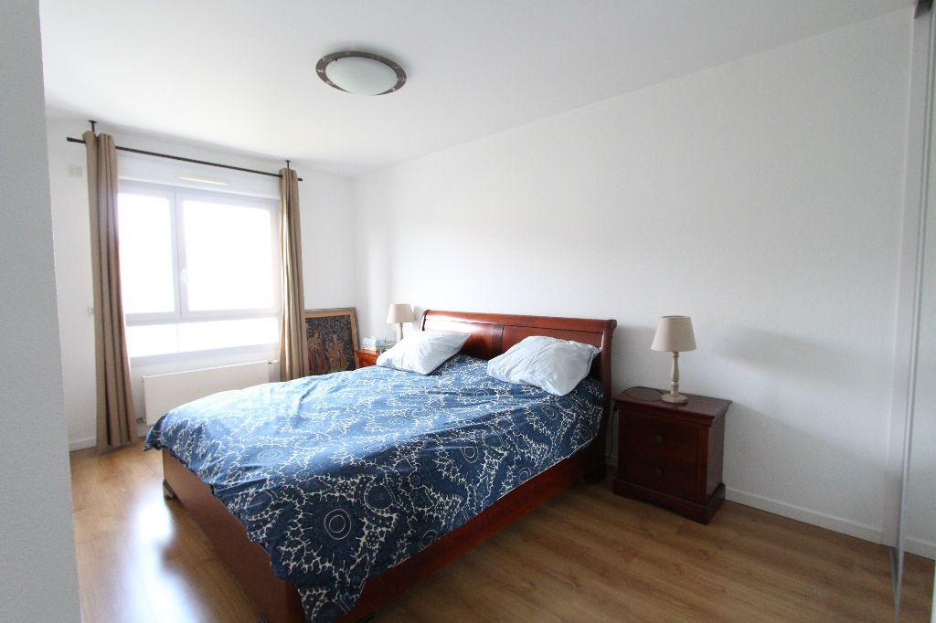 Appartement à vendre 4 132m2 à Prévessin-Moëns vignette-6
