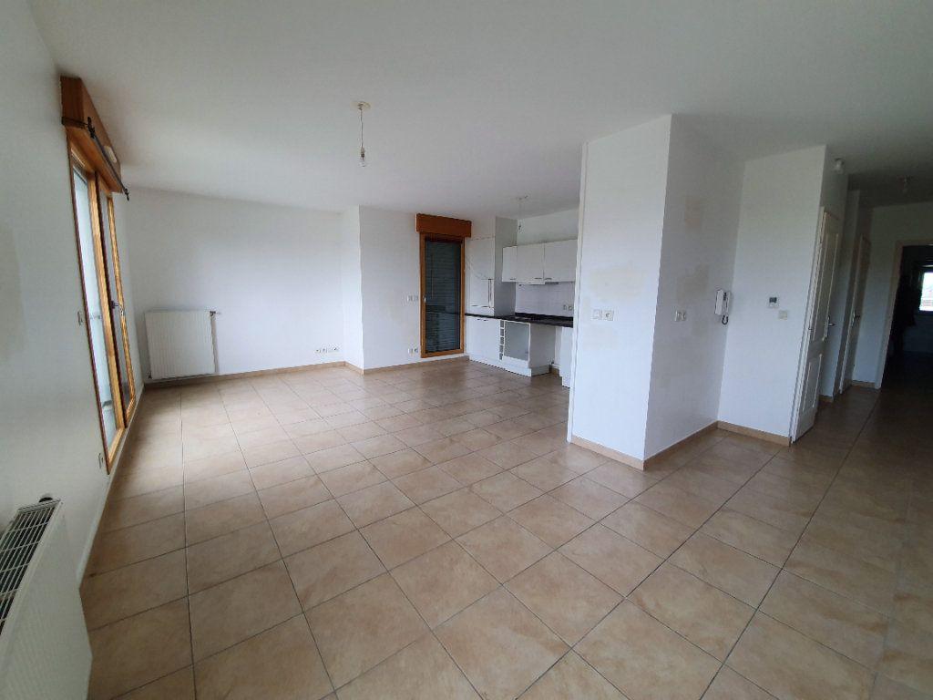 Appartement à vendre 4 87.1m2 à Prévessin-Moëns vignette-4