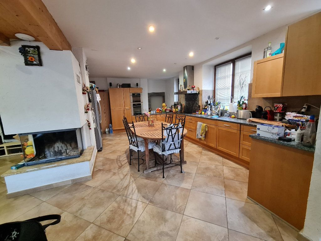 Maison à vendre 10 260m2 à Challex vignette-3