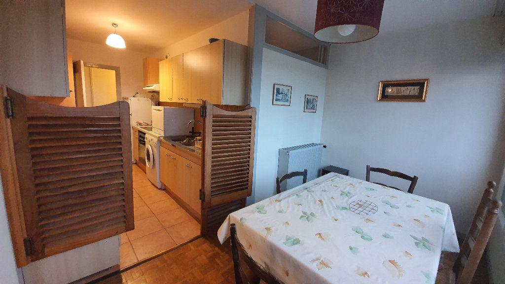 Appartement à vendre 3 75.66m2 à Saint-Genis-Pouilly vignette-2