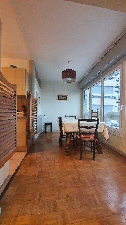 Appartement à vendre 3 75.66m2 à Saint-Genis-Pouilly vignette-3