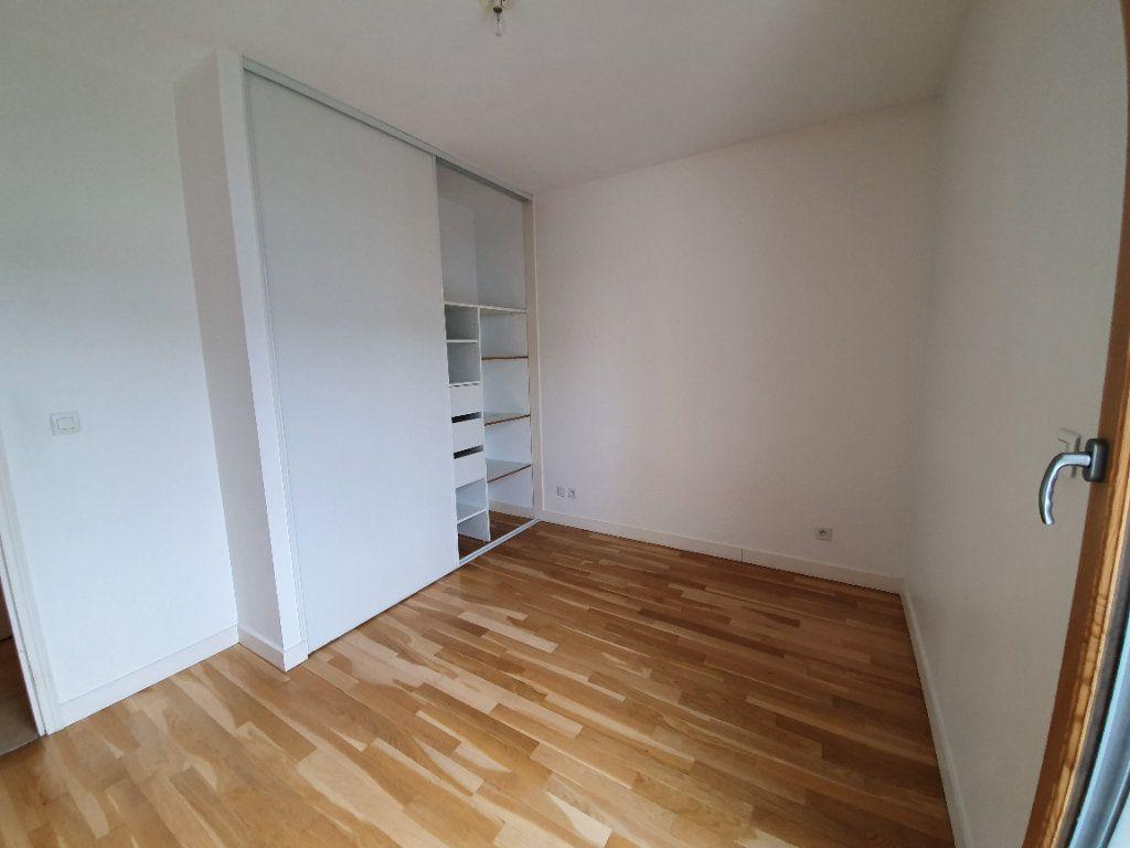 Appartement à vendre 3 77.2m2 à Prévessin-Moëns vignette-4