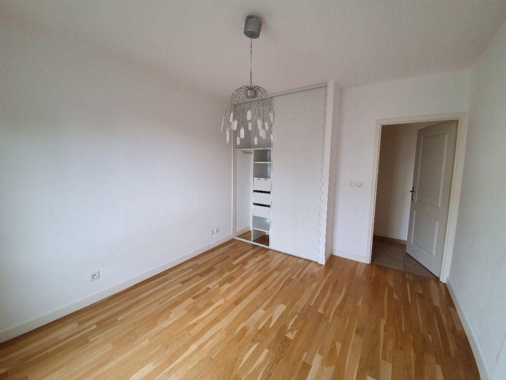 Appartement à vendre 3 77.2m2 à Prévessin-Moëns vignette-5