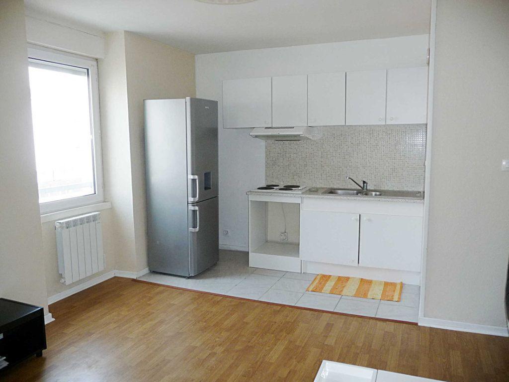 Appartement à vendre 2 39m2 à Bellegarde-sur-Valserine vignette-1
