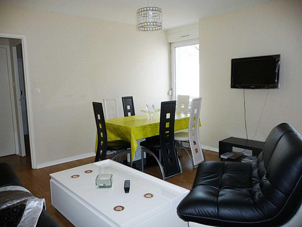 Appartement à vendre 2 39m2 à Bellegarde-sur-Valserine vignette-2