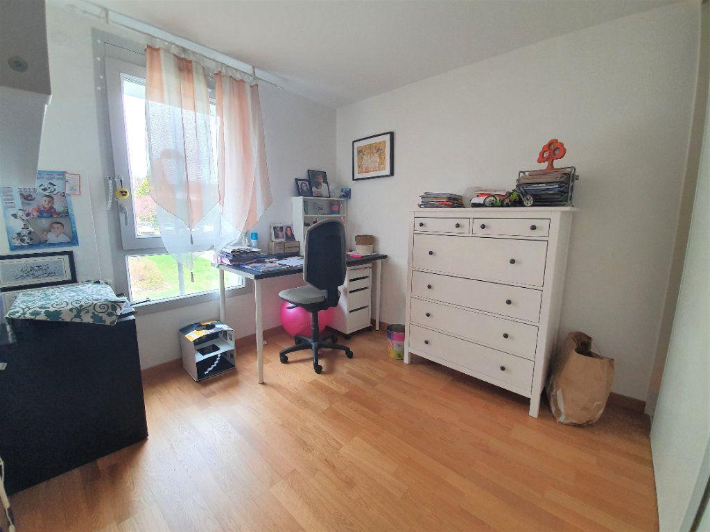 Appartement à vendre 3 68.3m2 à Prévessin-Moëns vignette-6