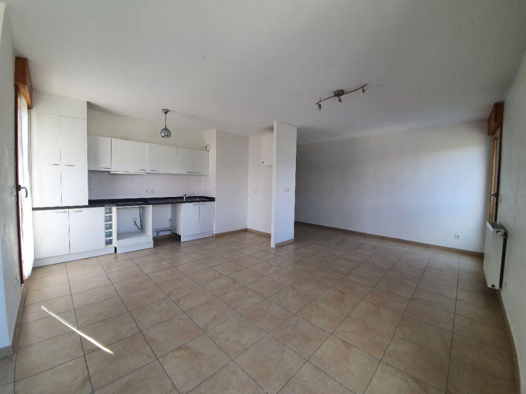 Appartement à vendre 4 87.1m2 à Prévessin-Moëns vignette-2