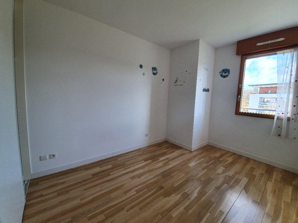Appartement à vendre 4 87.1m2 à Prévessin-Moëns vignette-7