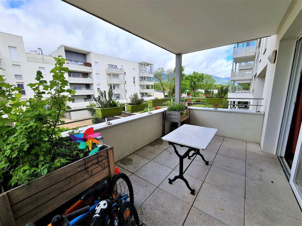 Appartement à vendre 4 86.26m2 à Saint-Genis-Pouilly vignette-1