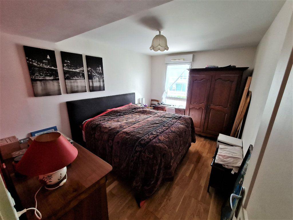 Appartement à vendre 4 86.26m2 à Saint-Genis-Pouilly vignette-5