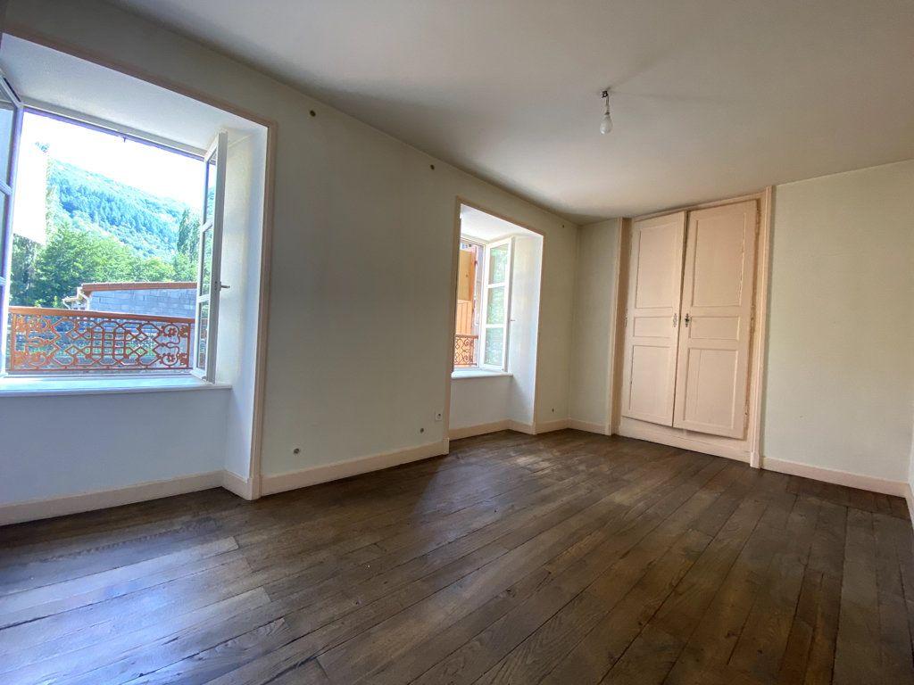 Appartement à louer 4 100.7m2 à Molompize vignette-3