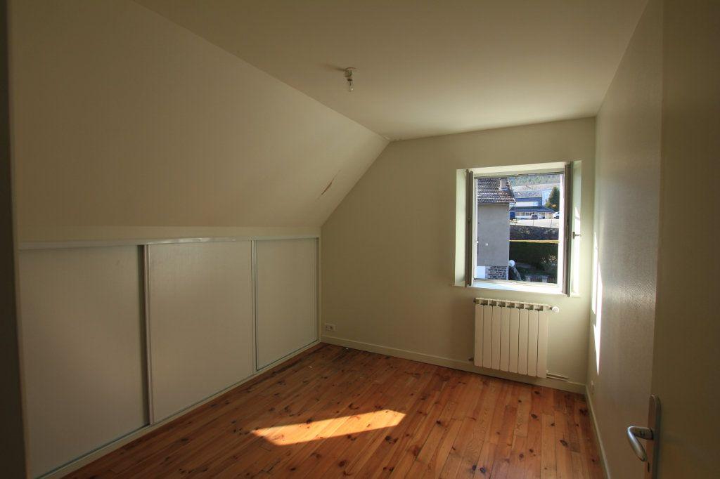 Appartement à louer 2 36m2 à Neussargues-Moissac vignette-3