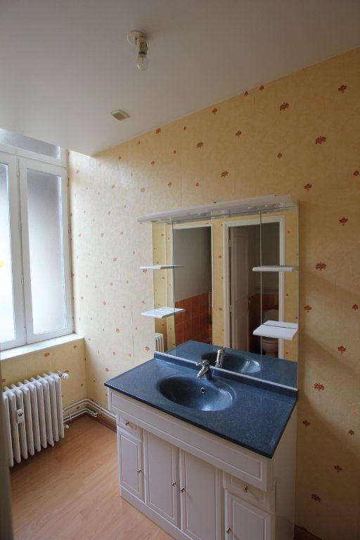 Appartement à louer 1 38m2 à Saint-Flour vignette-6