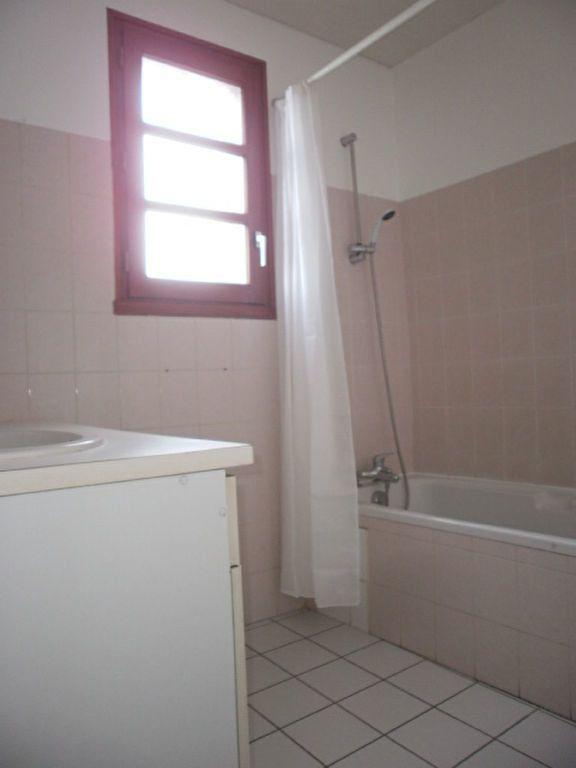 Appartement à louer 4 86m2 à Saint-Flour vignette-4