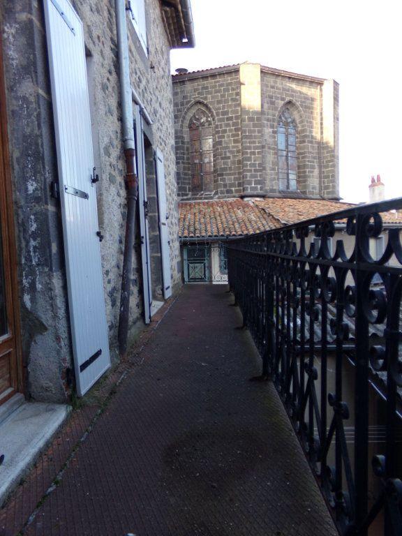 Appartement à louer 3 51.2m2 à Saint-Flour vignette-4