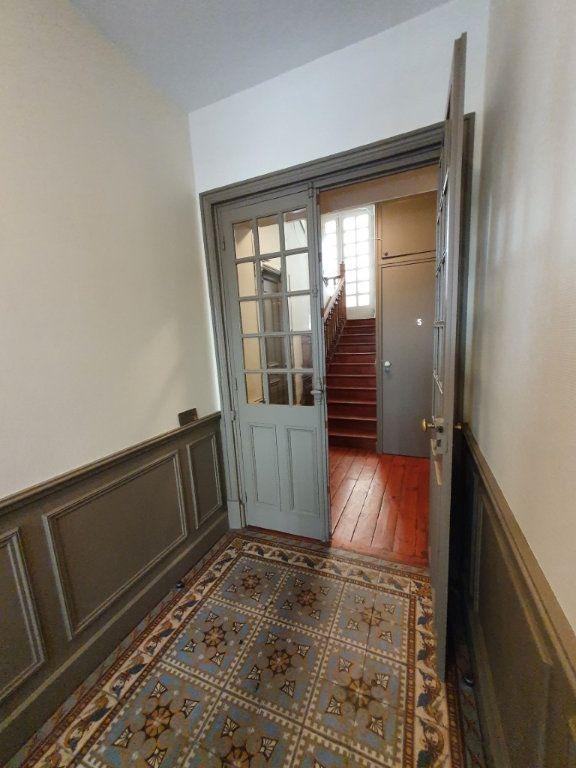 Appartement à louer 4 95.4m2 à Saint-Flour vignette-10
