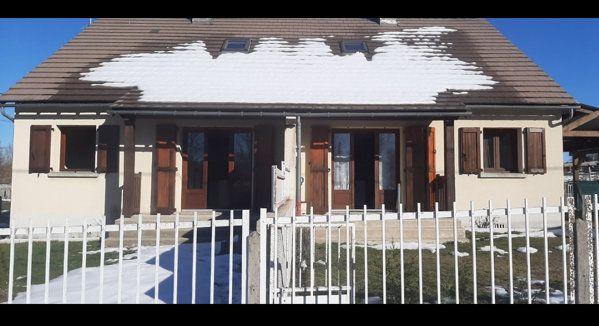 Maison à vendre 16 188m2 à Faverolles vignette-1
