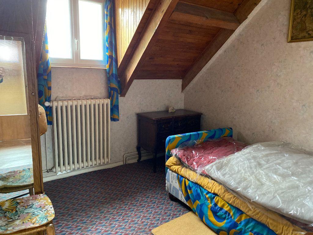 Maison à vendre 12 218m2 à Saint-Flour vignette-6