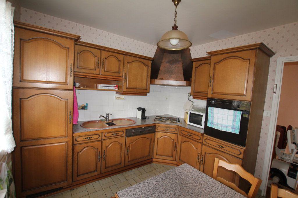 Maison à vendre 8 131m2 à Saint-Flour vignette-4