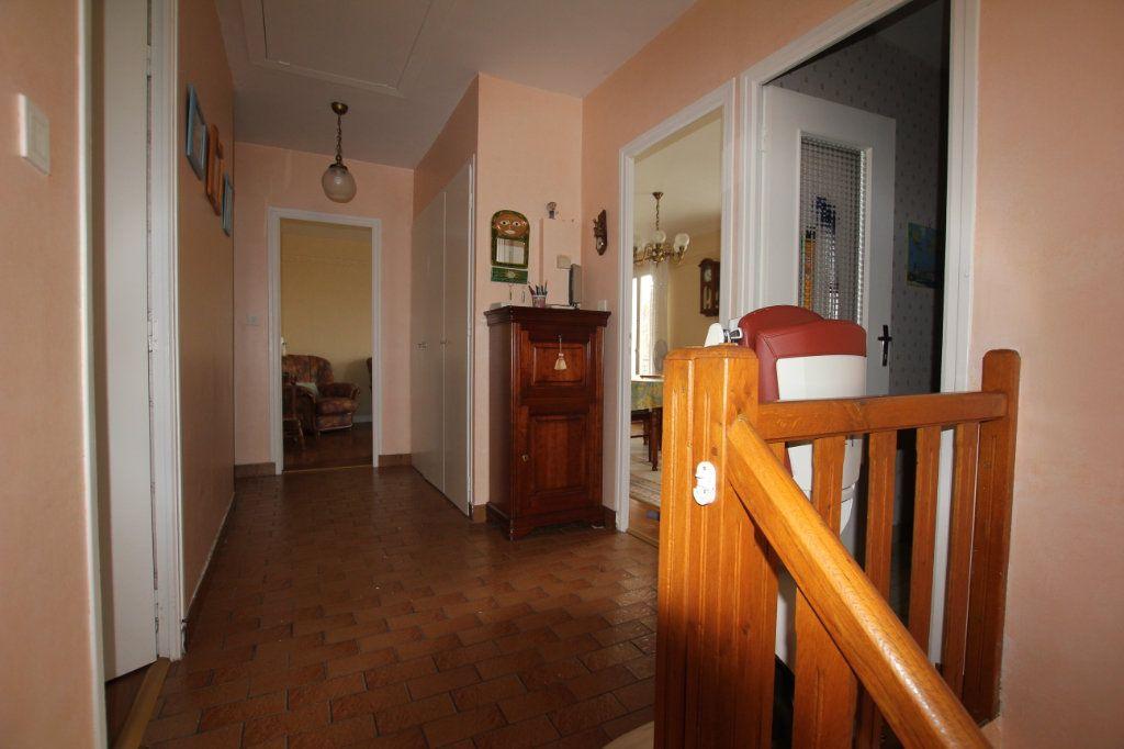 Maison à vendre 8 131m2 à Saint-Flour vignette-7