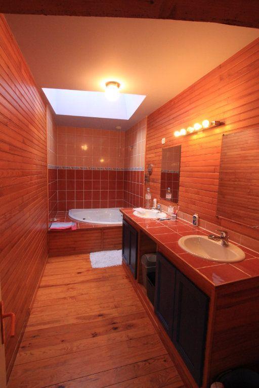 Appartement à vendre 5 137m2 à Saint-Flour vignette-5