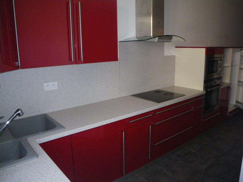 Appartement à louer 1 29m2 à Saint-Flour vignette-1