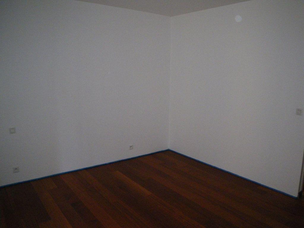 Appartement à louer 1 29m2 à Saint-Flour vignette-3