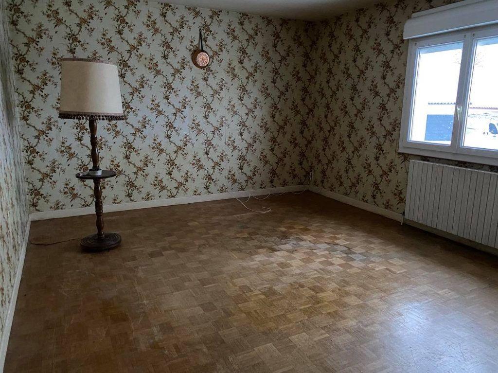 Maison à vendre 8 170m2 à Talizat vignette-2