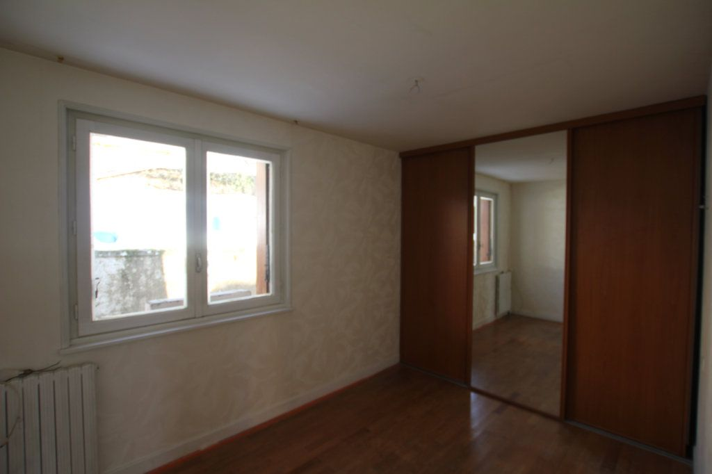 Maison à vendre 5 115m2 à Murat vignette-5